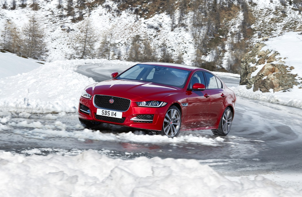 XE 17MY AWD SNOW FRONT Med Res 150Dpi Zoomed In - Limited Editions