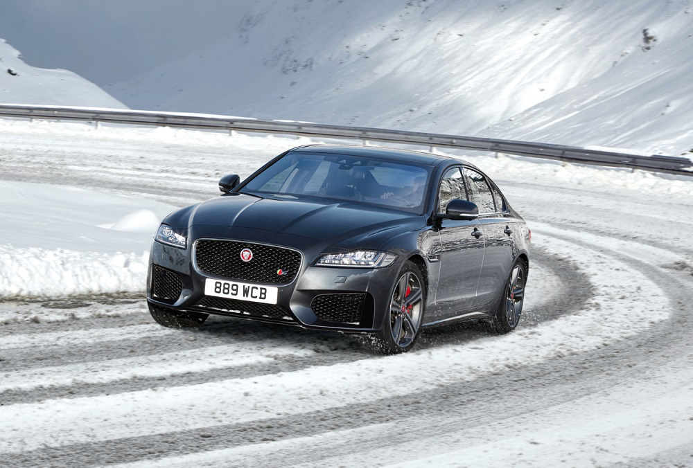 AWD XF SNOW FRONT Dark Geetif Med Res 150Dpi Zoomed In - Limited Editions