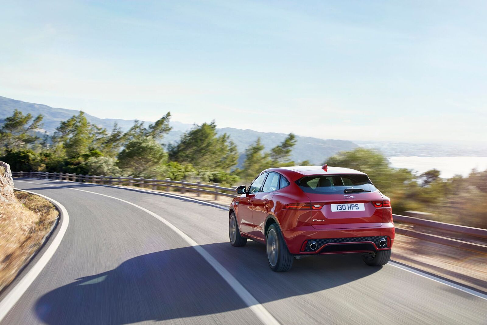 JAG EPACE 18MY Firstedition Onroaddynamic 130717 06 - Jaguar lance la E-PACE