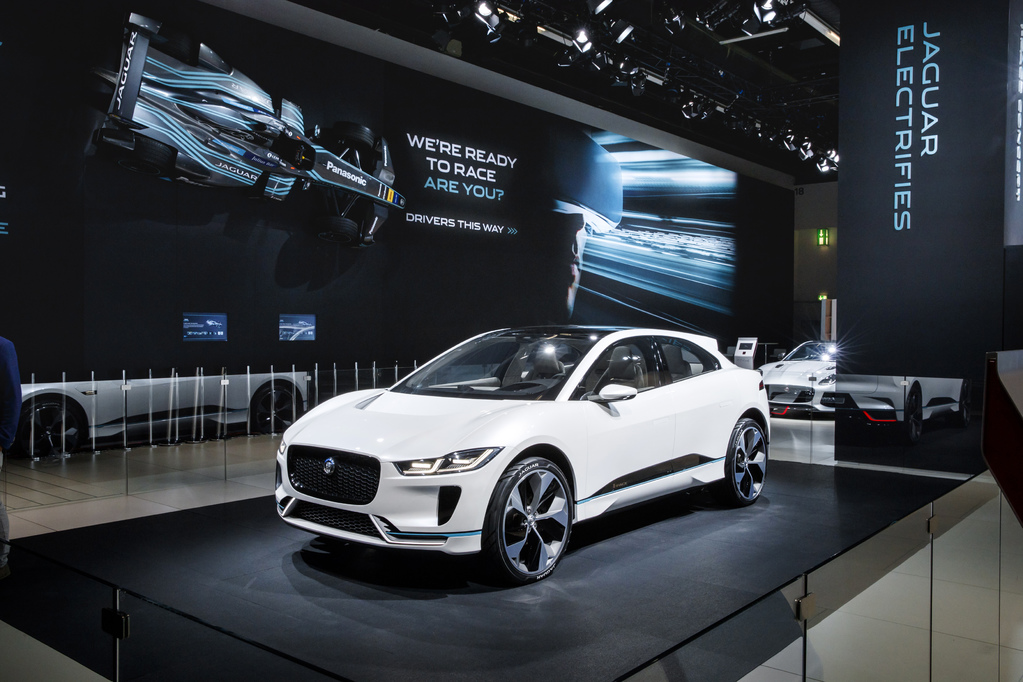 KOM TESTRIJDEN MET DE NEW ALL-ELECTRIC JAGUAR I-PACE