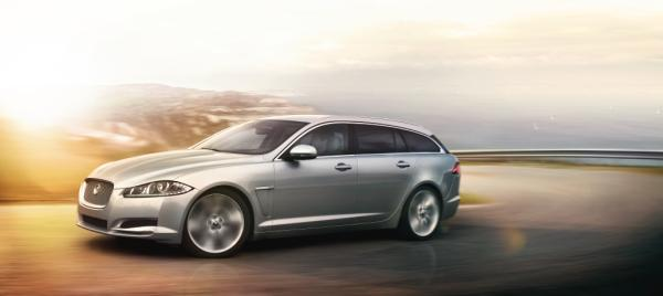XF Sportbrake in onze showroom